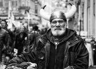 ¿Sabías-que-los-vikingos-nunca-usaron-cascos-con-cuernos-