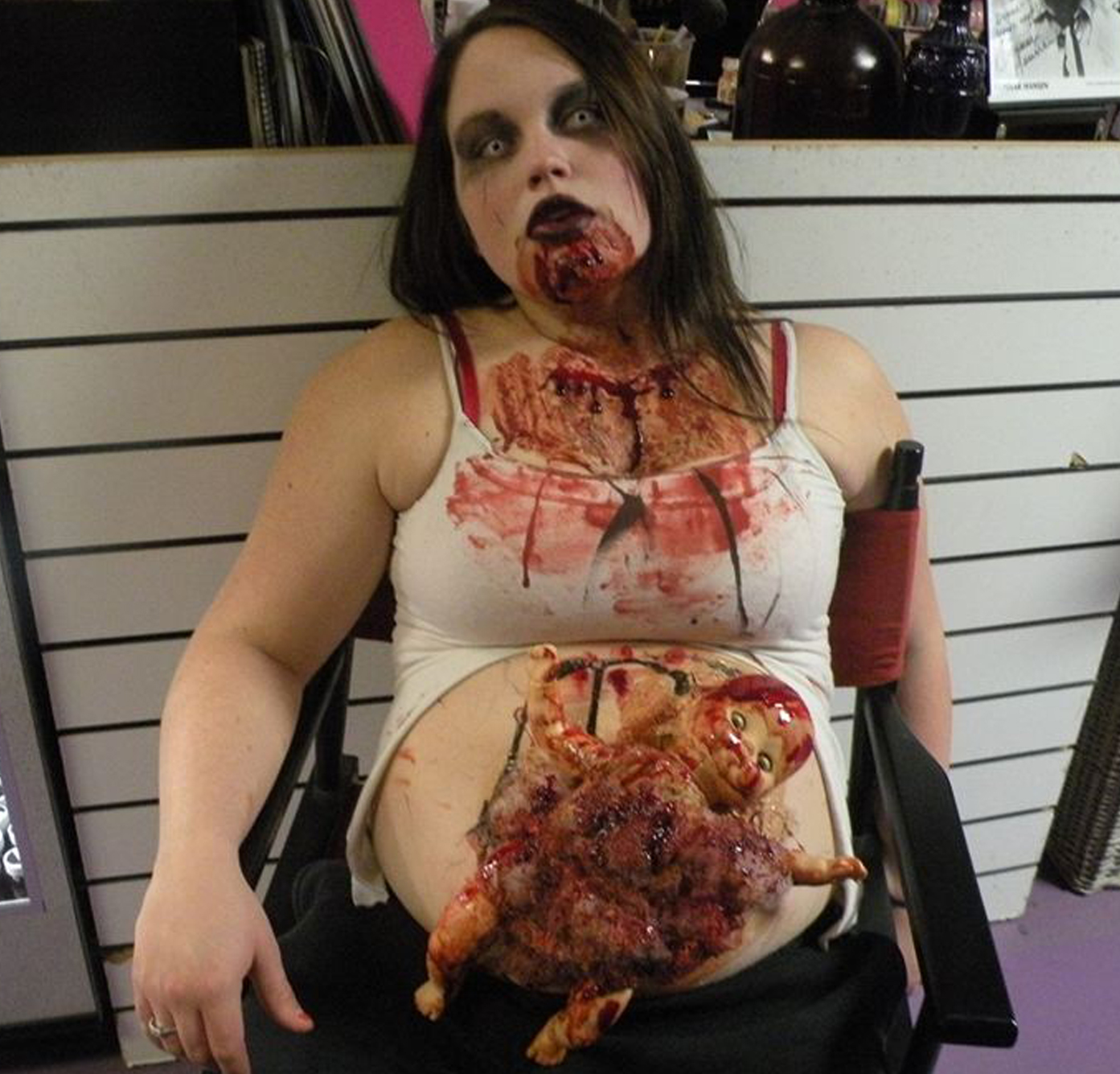 disfraz zombie mujer embarazada