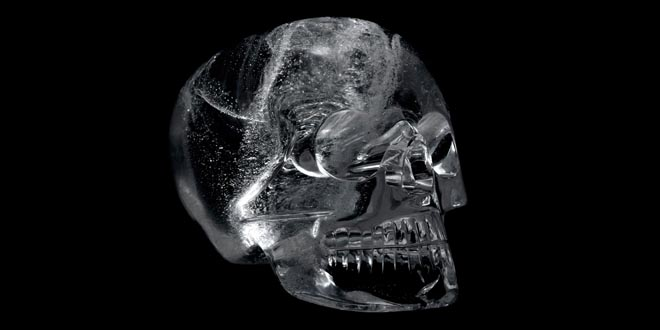 Misterio calaveras cristal