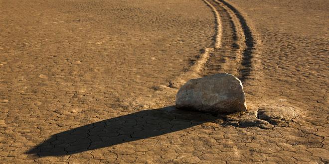 Las-rocas-zombies-del-Valle-de-la-Muerte2