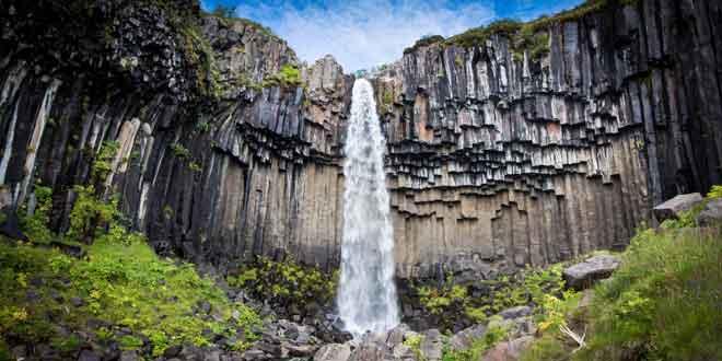 Cascada-Svartifoss-islandia