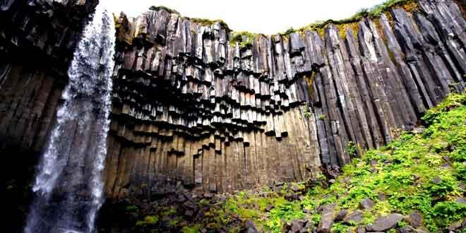 Cascada-Svartifoss