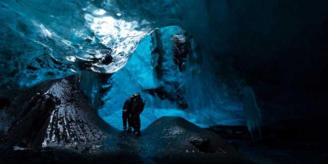 Cueva-de-hielo-en-Skaftafell