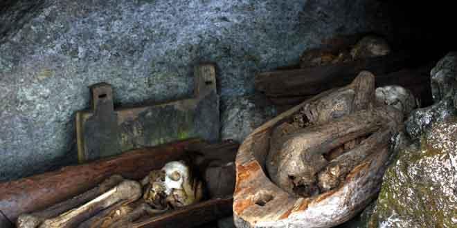 Cuevas-de-la-momias-de-Kabayan,-Filipinas