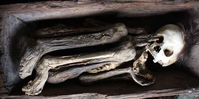 Cuevas-de-la-momias-de-Kabayan