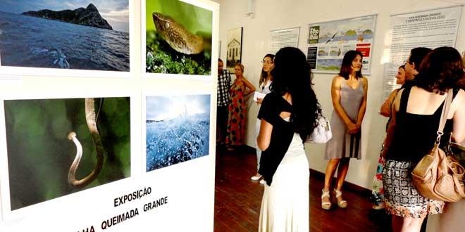 Exposición Ilha Quemaida Grande