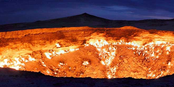Puerta-del-infierno-de-Derweze,-Turkmenistan