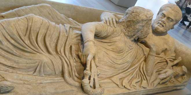 Romanos recostados